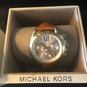 New with tags Micheal Kors brown leather watch